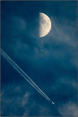 Měsíc a letadlo A - 20x30 - plátno