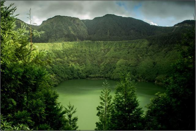 Jezero, Azorské ostrovy A - 60x90 - plátno