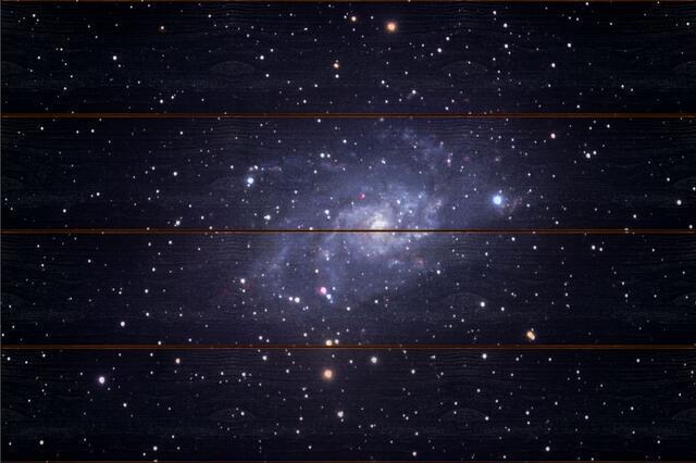 Galaxie v Trojúhelníku A - 40x60 - dřevo