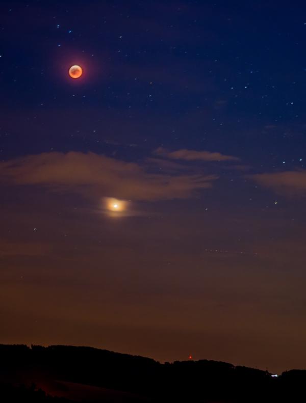 Zatmění měsíce, Mars